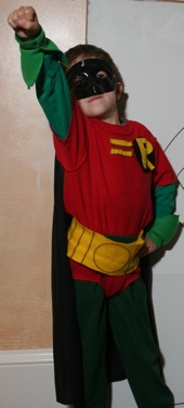 Robin costume on kid o info