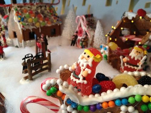 Gingerbread-Santa-Sleigh-GV