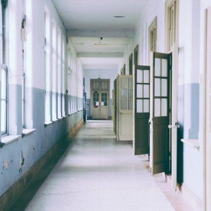 building-ceiling-classroom-373488 (1)